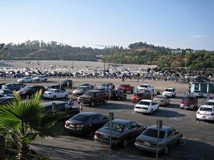 Her er bare en liten del av parkeringsplassen utenfor Dodgers Stadium.