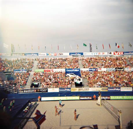 En søndag ettermiddag i Vågen, Stavanger og VM i sandvolleyball.