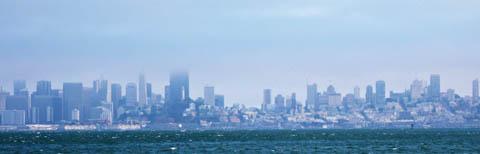 Slik ser San Francisco ut fra sjøen.