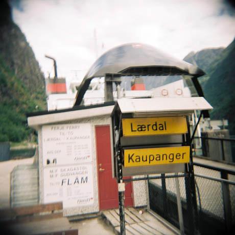 Ferja til Lærdal og Kaupanger fra Gudvangen.
