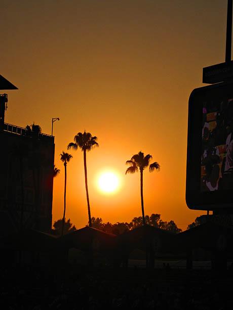 Solnedgangen sett fra Dodgers hjemmebane.