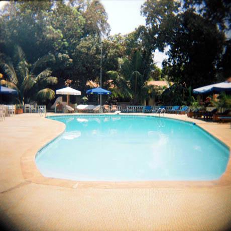Det var litt spesielt at vårt hotell var så flott med badebasseng, mens utenfor levde det mennesker som ikke hadde noe.