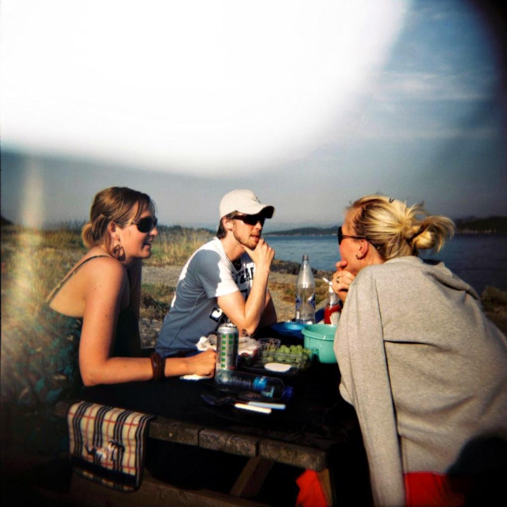 Tidlig på sommeren var det jo flott vær i Stavanger og vi benyttet anledningen til å grille i Godalen.
